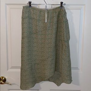 Max studio asymmetric hem skirt